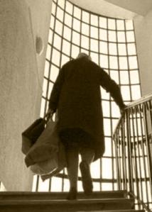 dame escalier-3 sepia