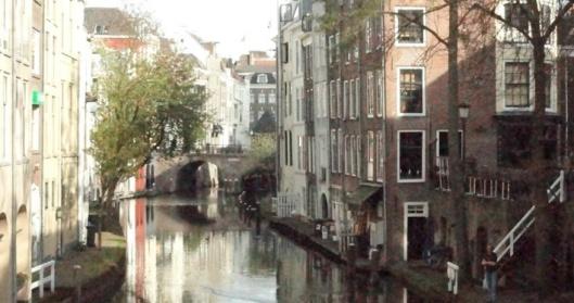 1 2 Utrecht  2